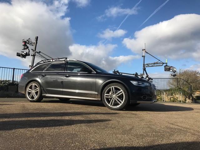 Extreme Tracking Car Image